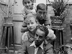 Fundaci n c sar manrique biograf a - Cesar manrique hijos ...